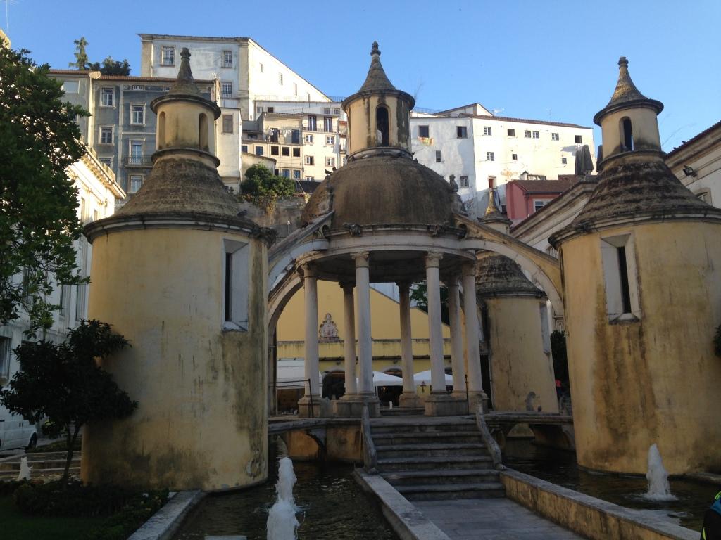Obra Arquitetônica Renascentista, atribuída a João de Ruão.